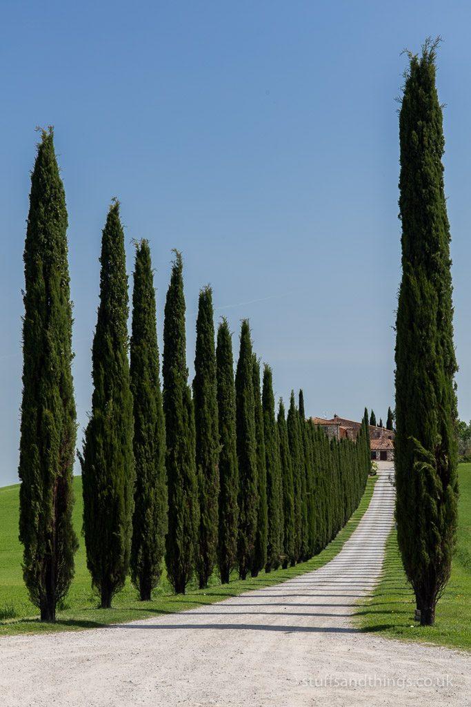 Entrance to Agriturismo Poggio Covili in Tuscany