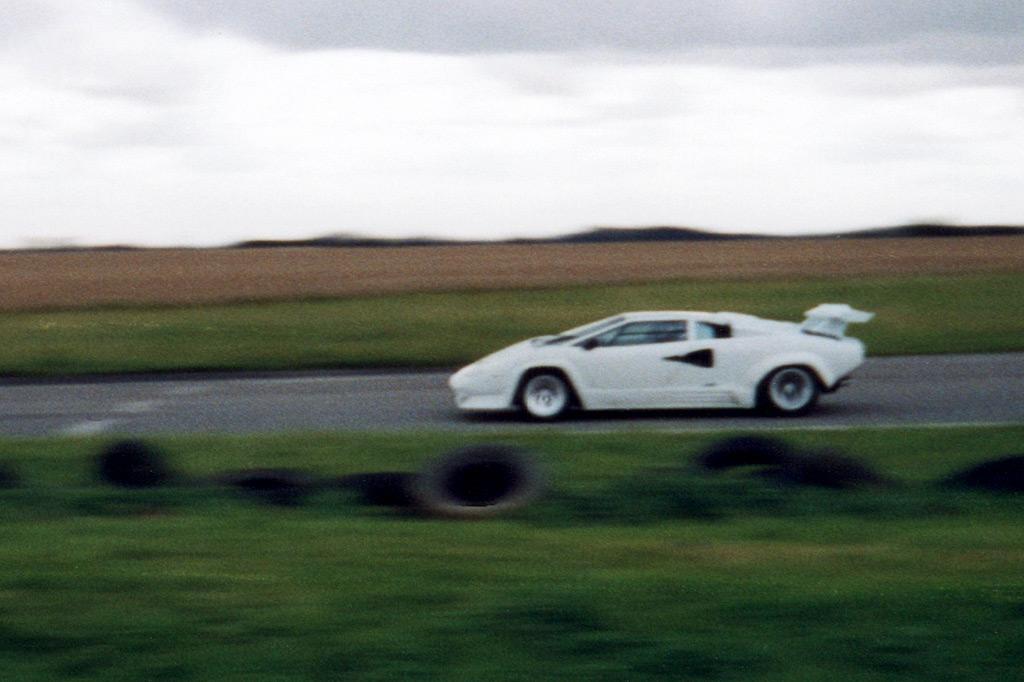Luxury Vehicle: De Tomaso And Lamborghini Track Day