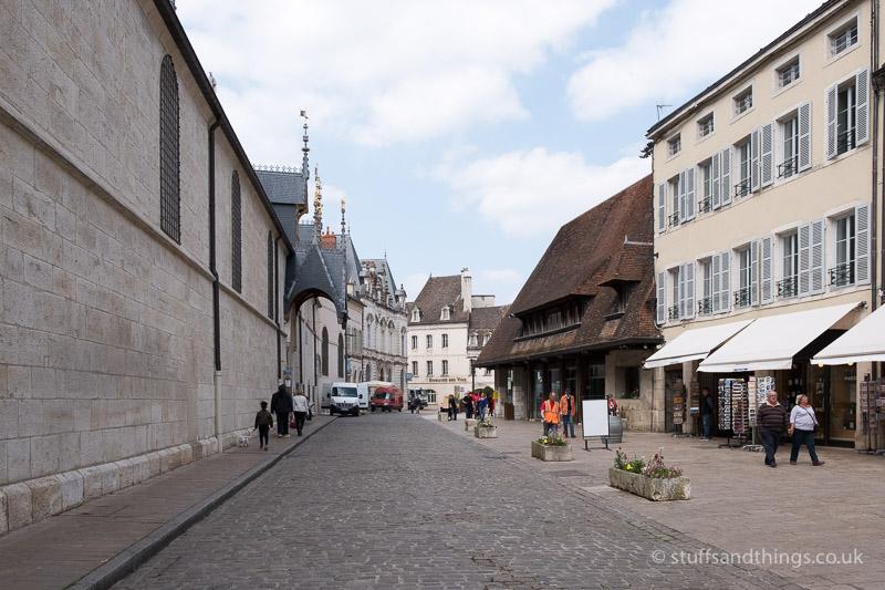 Rue de Hôtel-Dieu